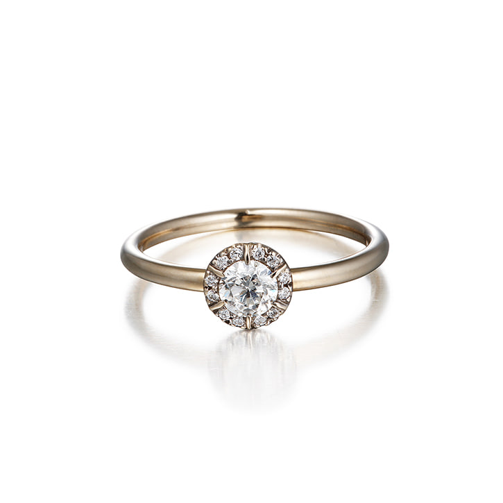 COLLET SETTING DIAMOND RING (0.3 carat)