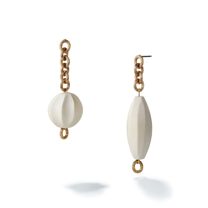 White Dune Mismatched Earring